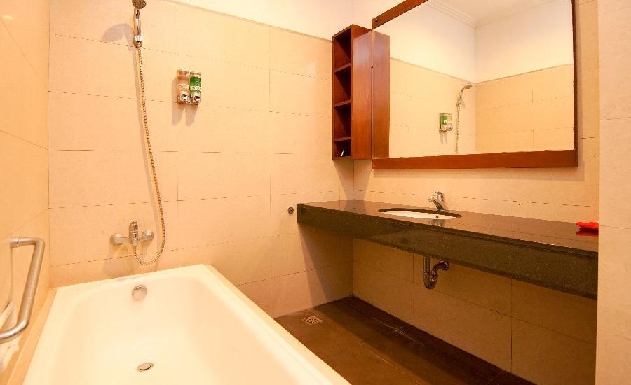 The Legian 777 Guest House Bali - Bathroom