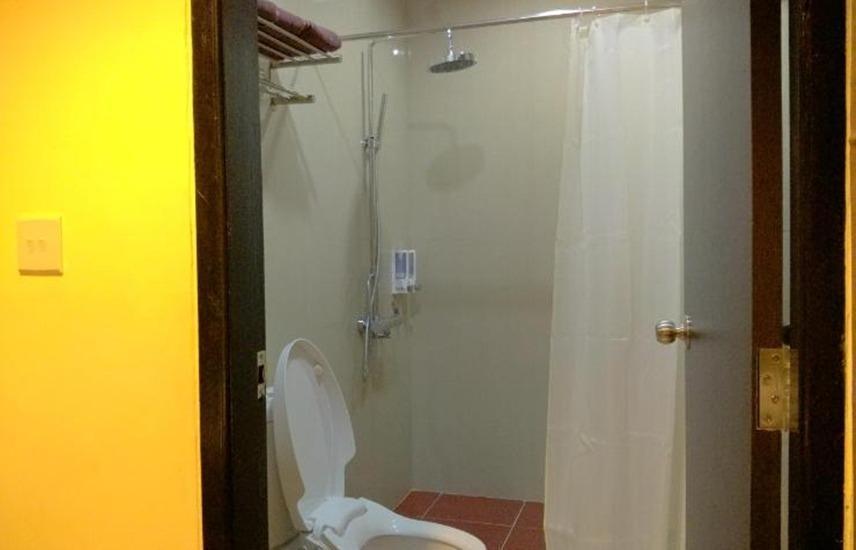 Hotel Gembira Bontang - Kamar mandi