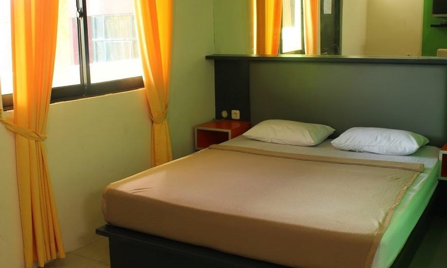 Jambrut Inn Jakarta - Room