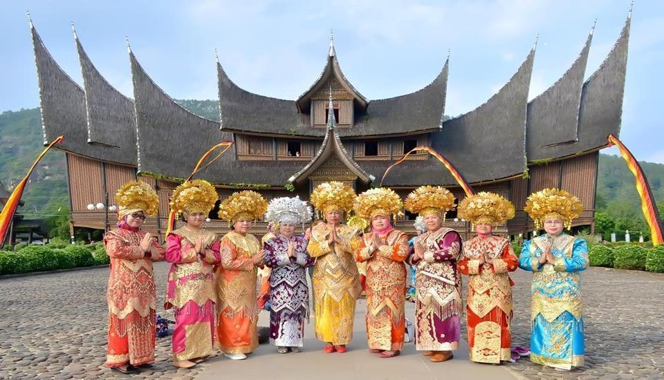 Kinol Homestay Padang - Exterior
