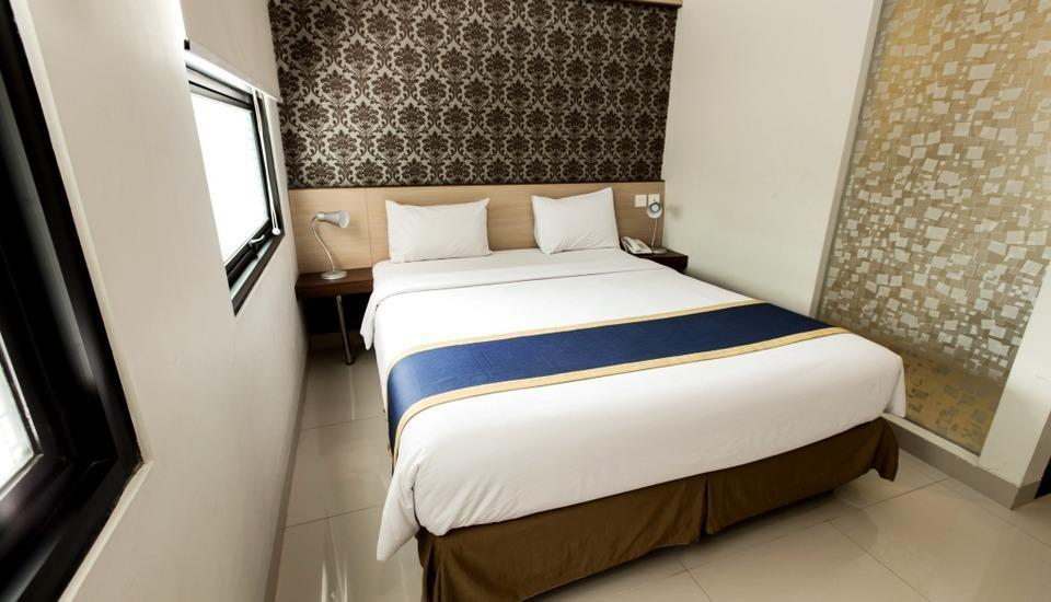 Sofia House Dago - Deluxe Room Only Regular Plan