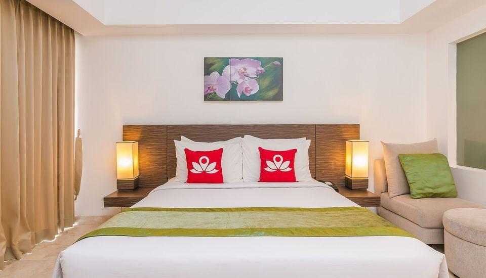 ZenRooms Raya Kuta 3 Bali - Tampak tempat tidur double
