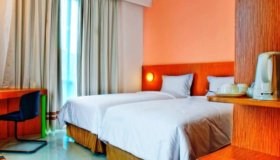 Pomelotel Jakarta - Superior Single Room With Breakfast only for One Person Regular Plan