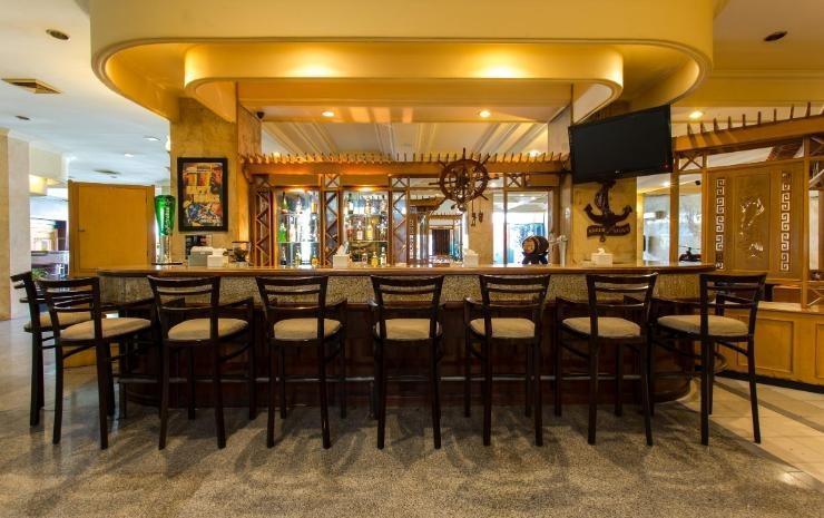Adika Hotel Bahtera Balikpapan - Restaurant