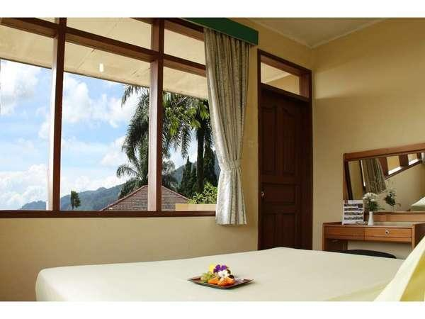 The Jayakarta Cisarua - Bungalow 3 Bedroom Promo khusus