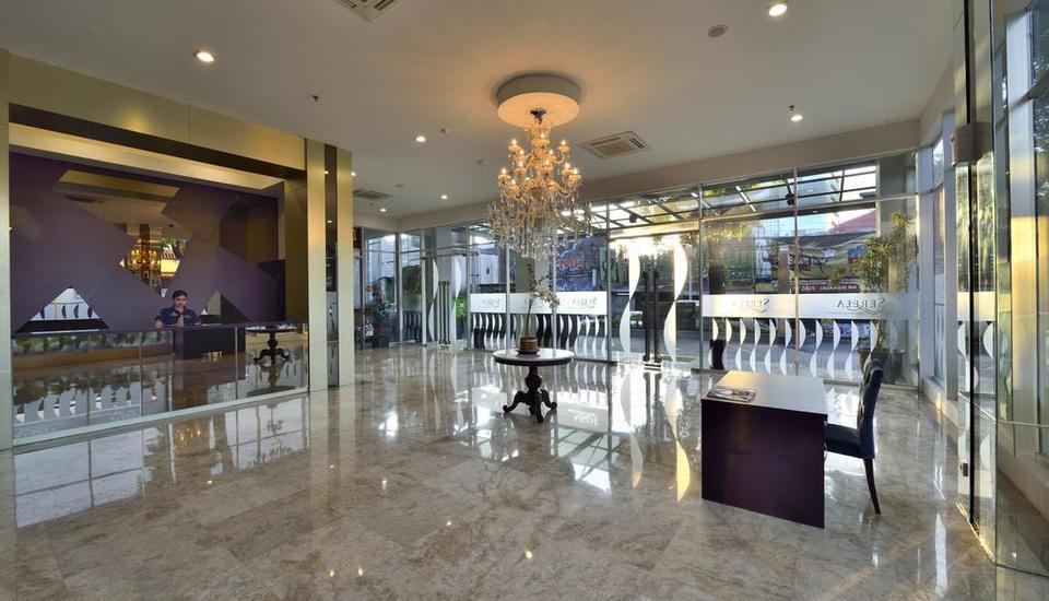 Serela Cihampelas Hotel Bandung - Lobby
