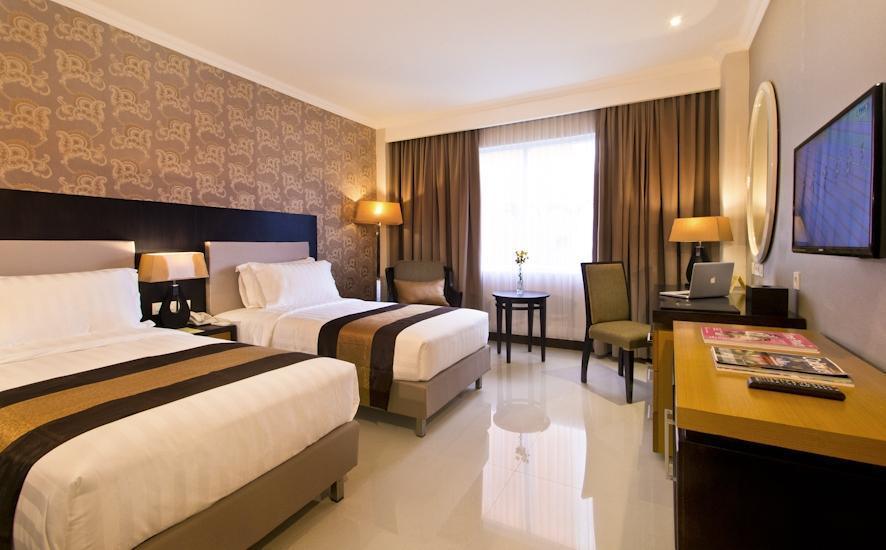 The Victoria Hotel Yogyakarta - Deluxe Room Special Discount 15%