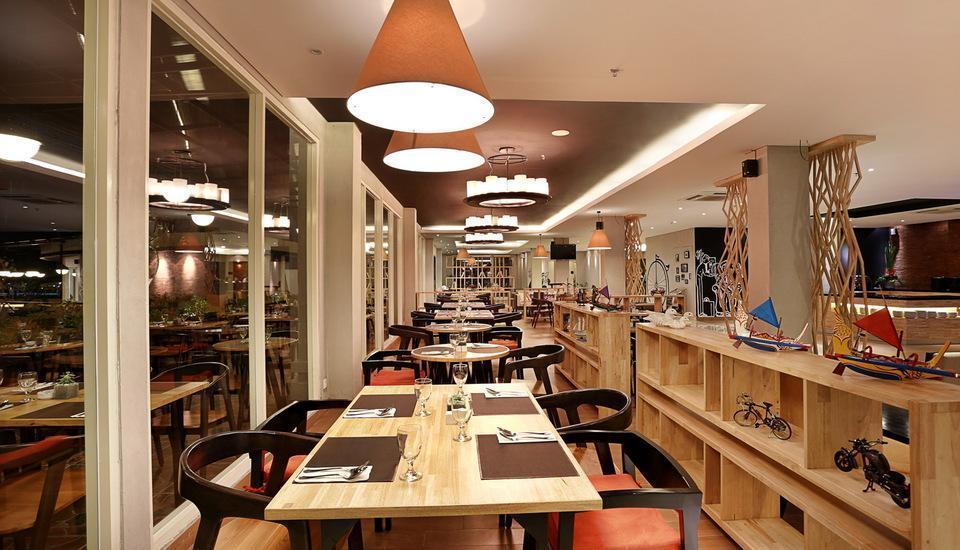 Golden Tulip Denpasar - Branche Restaurant, Bar & Lounge