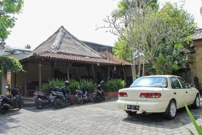 Airy Ubud Raya Andong Bali - Parking Lot