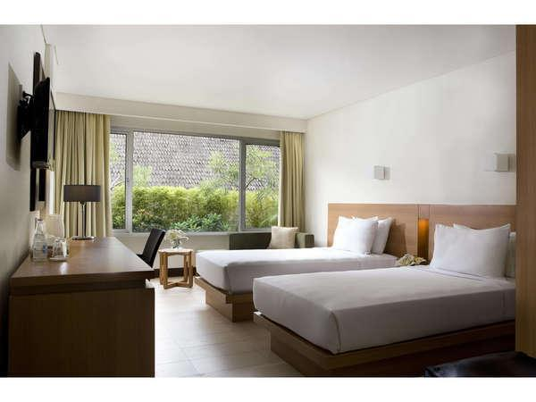 Hotel Santika Bandung - Twin bed