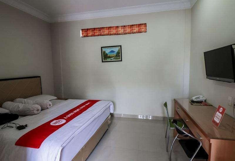 NIDA Rooms Sei Kapuas 74 - 76 A Medan - Double Room Double Occupancy Special Promo