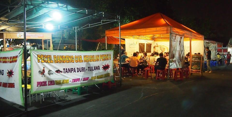 Snowy Wisma Gading Permai Jakarta - Kafe Tenda