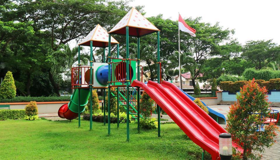 Snowy Wisma Gading Permai Jakarta - Play Ground