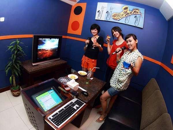 Grand Wahid Hotel Salatiga Salatiga - Karaoke