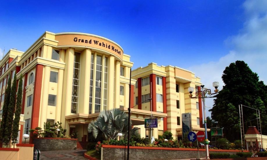 Grand Wahid Hotel Salatiga Salatiga - Eksterior