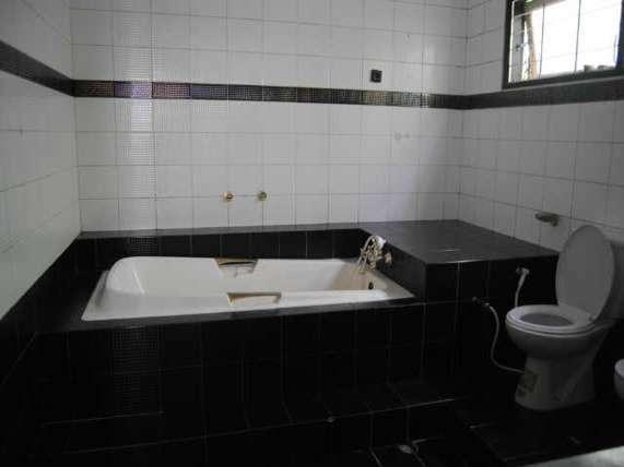 Villa Lembah  Cisampay - Kamar mandi