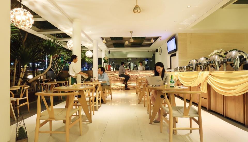 Rasuna Icon Jakarta - skygarden café indoor