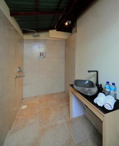 Sari Gili  Bungalow Lombok - Bathroom