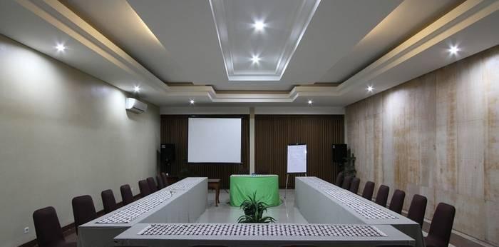 NIDA Rooms Dewaruci Banjarsari - Ruang Rapat