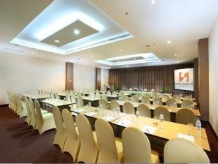 Swiss-Belhotel Kendari - Ruang Rapat