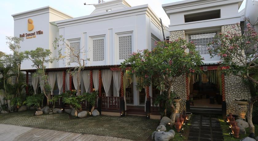 Bali Sunset Villa Bali - Tampilan Luar Hotel