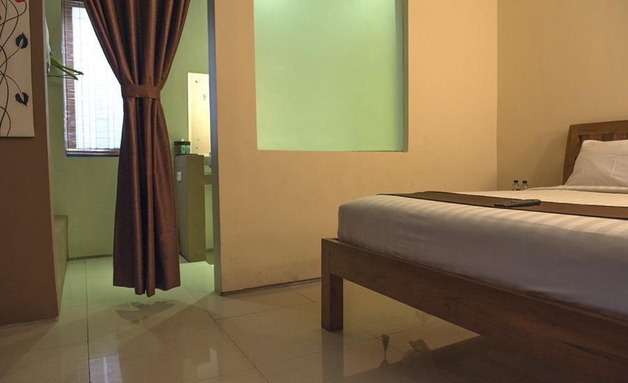 RedDoorz @Mahendradatta Bali - Kamar tamu