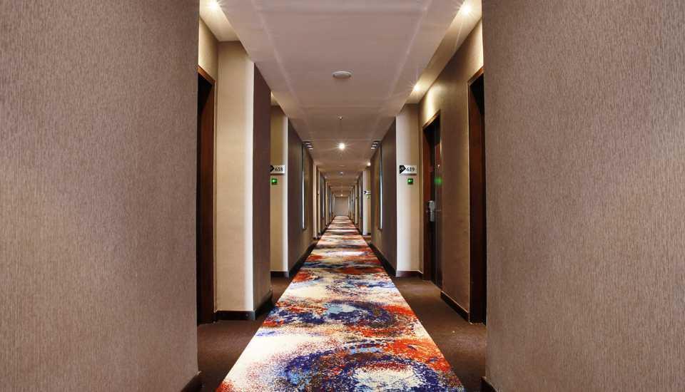 Grand Karlita Hotel Purwokerto Purwokerto - KORIDOR DEPAN KAMAR