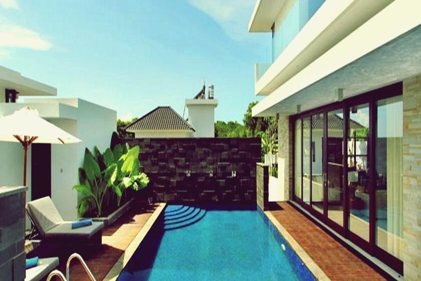 Majestic Point Villa Bali - Kolam Renang