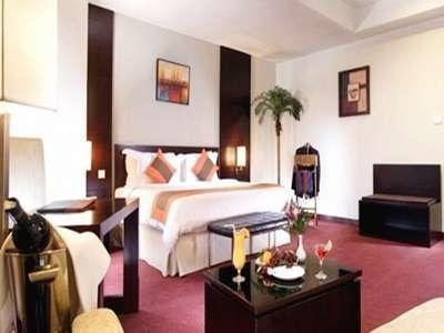 Hotel Sagita Balikpapan - Executive Suite Room Deal of the day off!