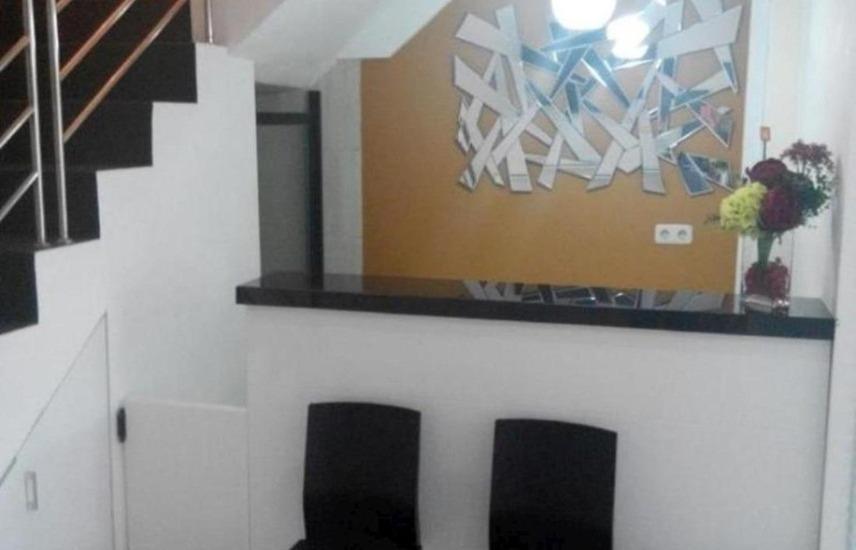 HOS Homestay Surabaya - Interior
