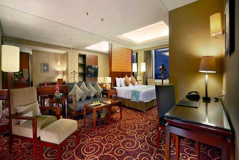 Aston Samarinda - President Suite