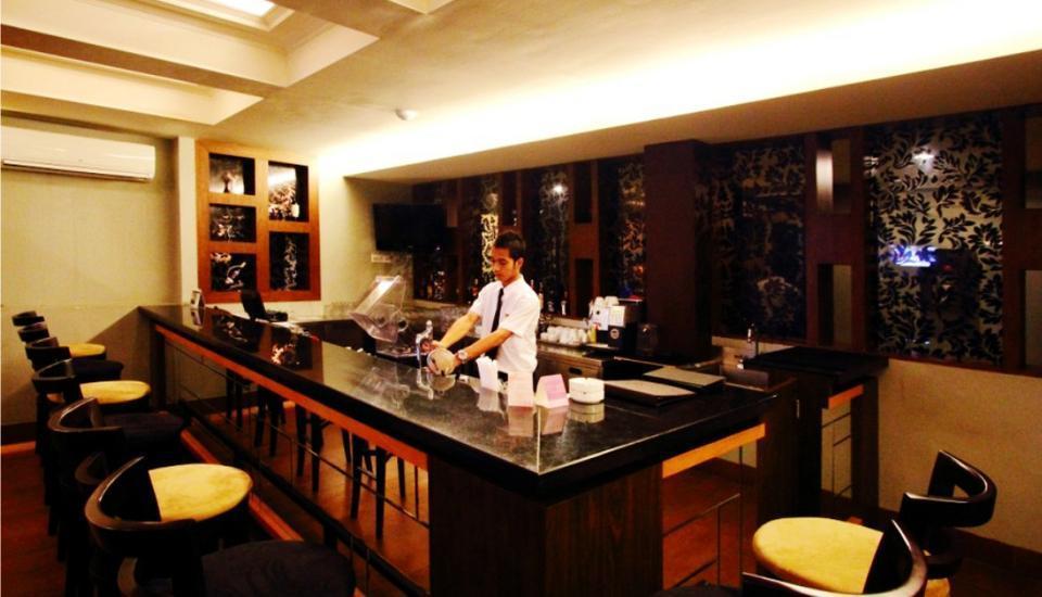 Hotel Dafam Cilacap - Orchid Lounge & Bar