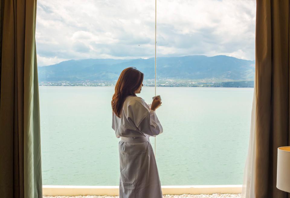 Swiss-Belhotel Silae Palu - Lifestyle @ Grand Suite Room