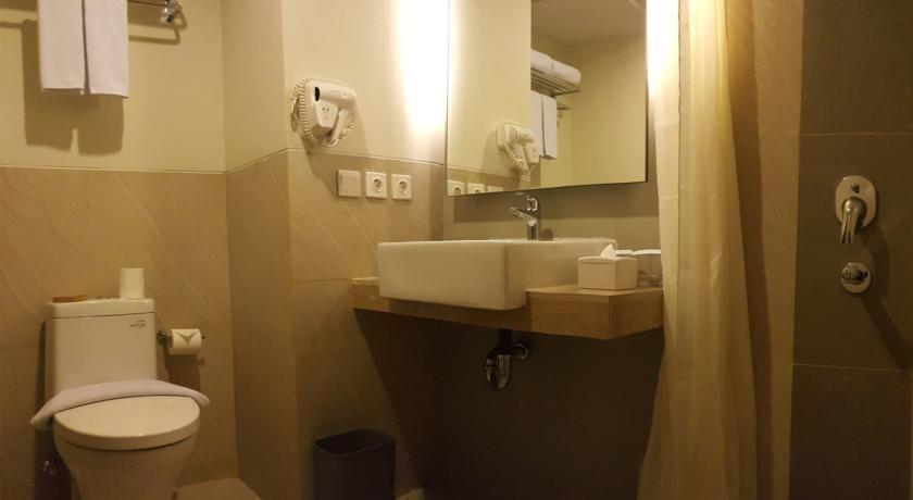 Bogor Icon Hotel Bogor - Bathroom
