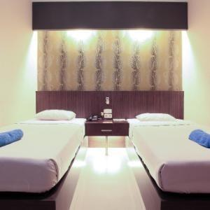 Hotel Majestiq Pekanbaru - Standard 2 Bed (Twin bed) Regular Plan