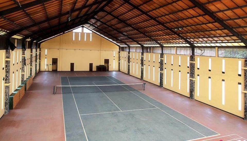 Villa Anyelir Istana Bunga - Lembang Bandung Bandung - Tenis