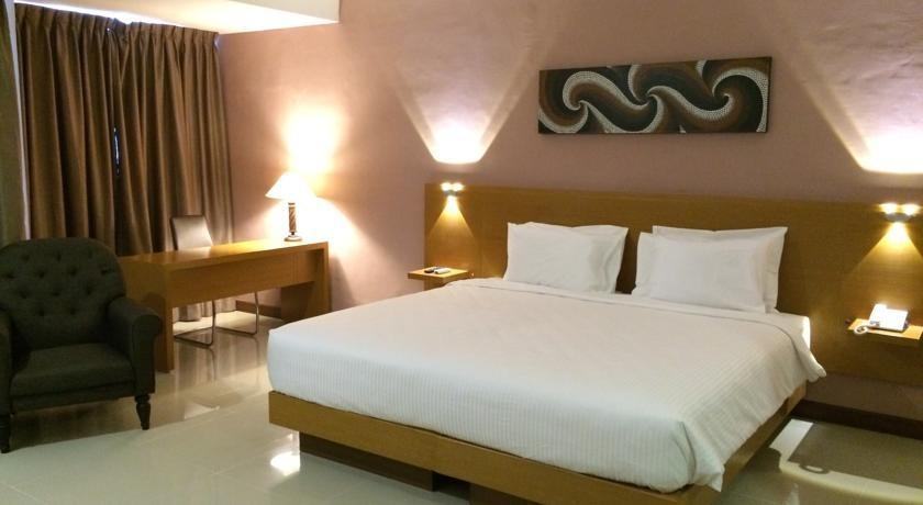 Grand Cendrawasih Hotel Makassar - Kamar tamu