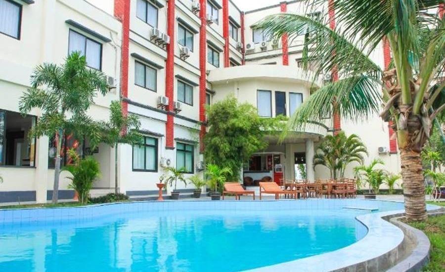 Grand Duta Hotel Palu - Kolam Renang