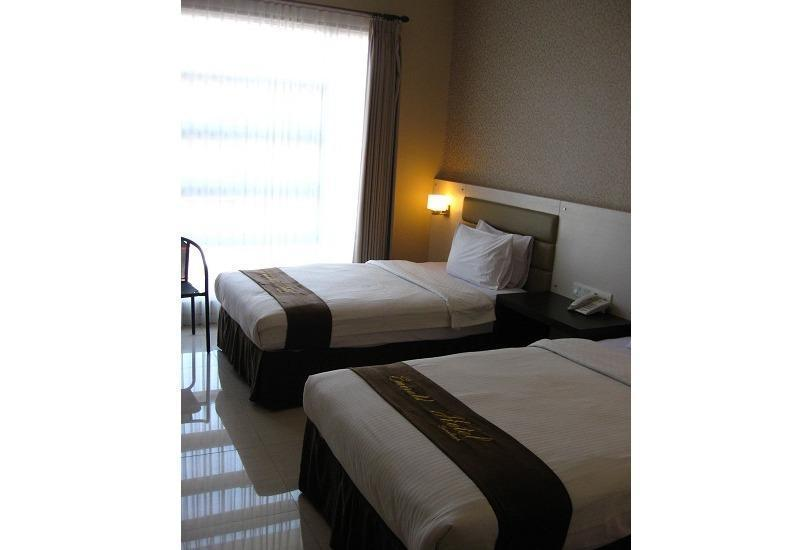 Hotel Emerald Surabaya - Deluxe Plus Twin Regular Plan
