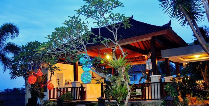 Putri Ayu Cottages Bali - (22/Jan/2014)
