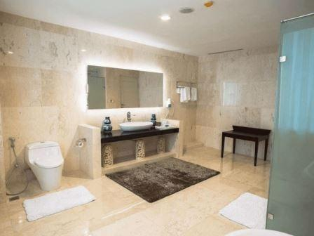 Tinggal Standard Jalan Angkasa Kemayoran - Kamar mandi