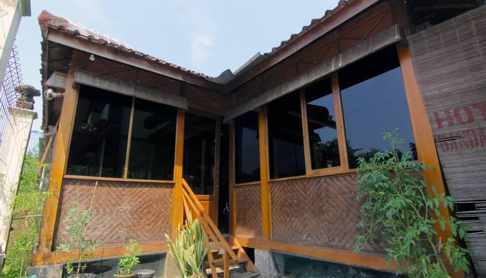 Hotel Bandara Asri Yogyakarta - Joglo