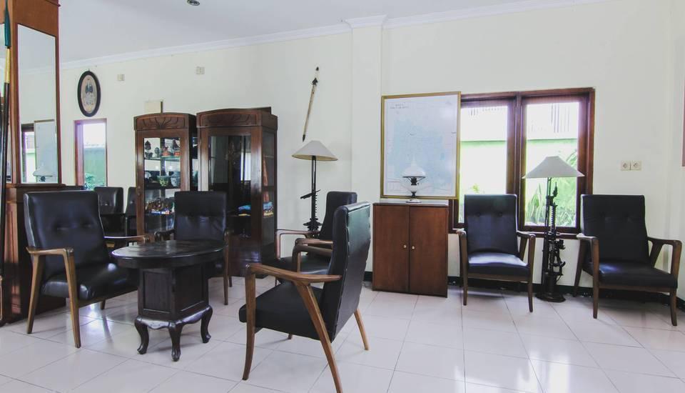 Hotel Bandara Asri Yogyakarta - Lobby