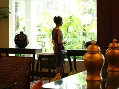 Hotel Majapahit Surabaya - Lounge