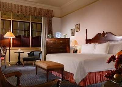 Hotel Majapahit Surabaya - Majapahit Suite