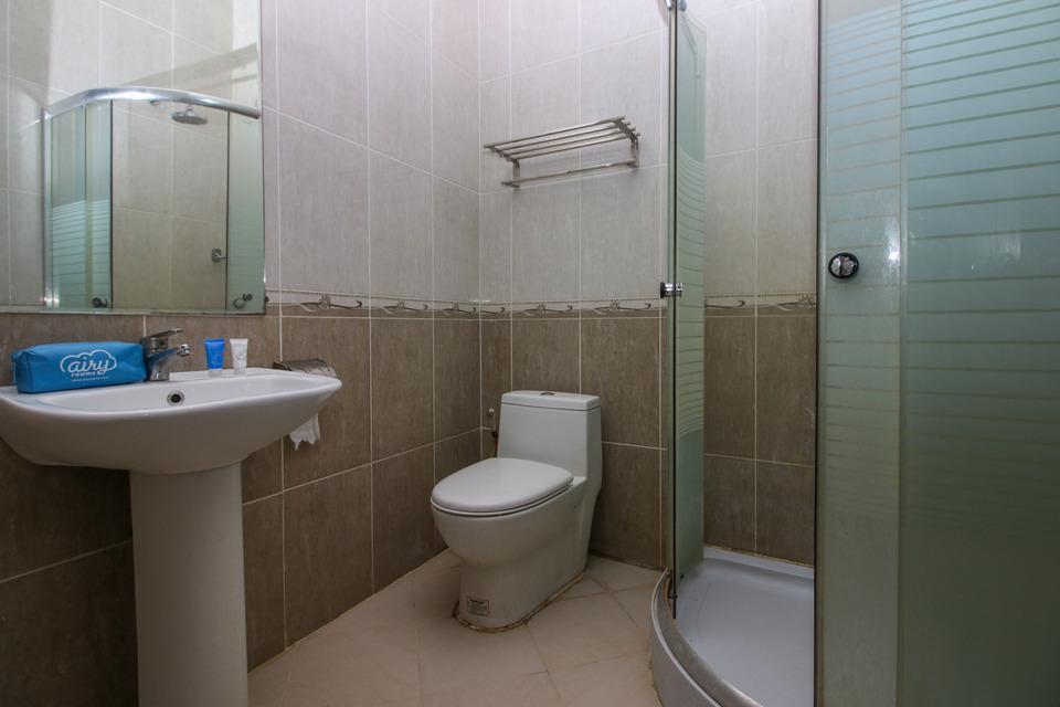 Airy Korumba Supu Yusuf 27 Kendari Kendari - Bathroom