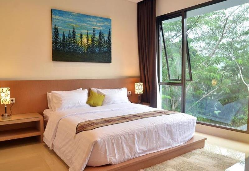 Pinus Villa Dago Bandung - 5 Bedrooms With Private Pool App Promo
