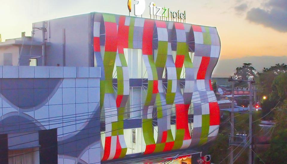 Fizz Hotel Lombok Lombok - FIZZ Hotel terlihat dari depan