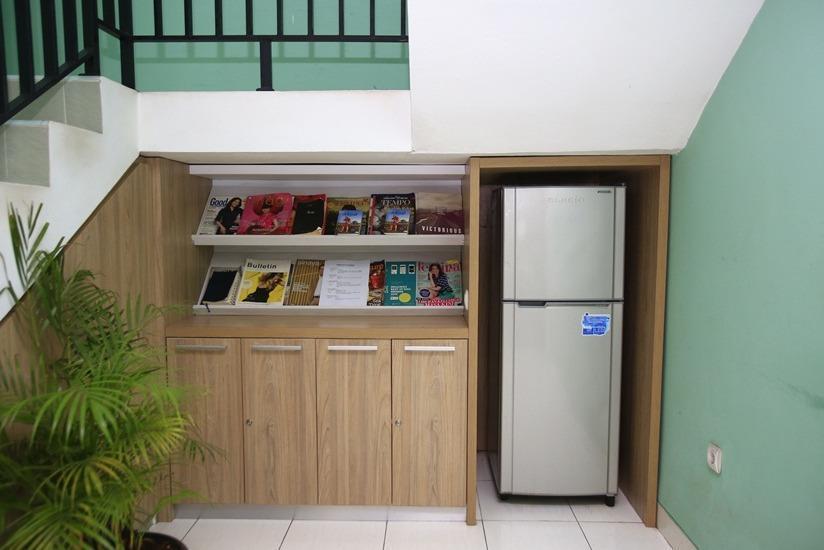 RedDoorz @Karet Pedurenan Jakarta - Interior