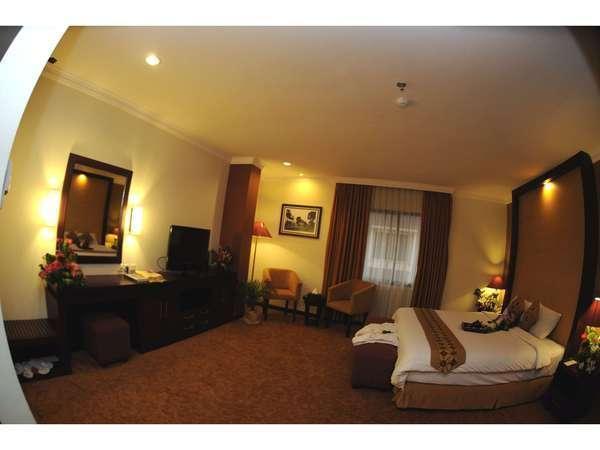 Semesta Hotel Semarang - Suite  Regular Plan